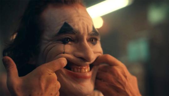 joker-mark-hamill-reagit-au-trailer-avec-joaquin-phoenix-une